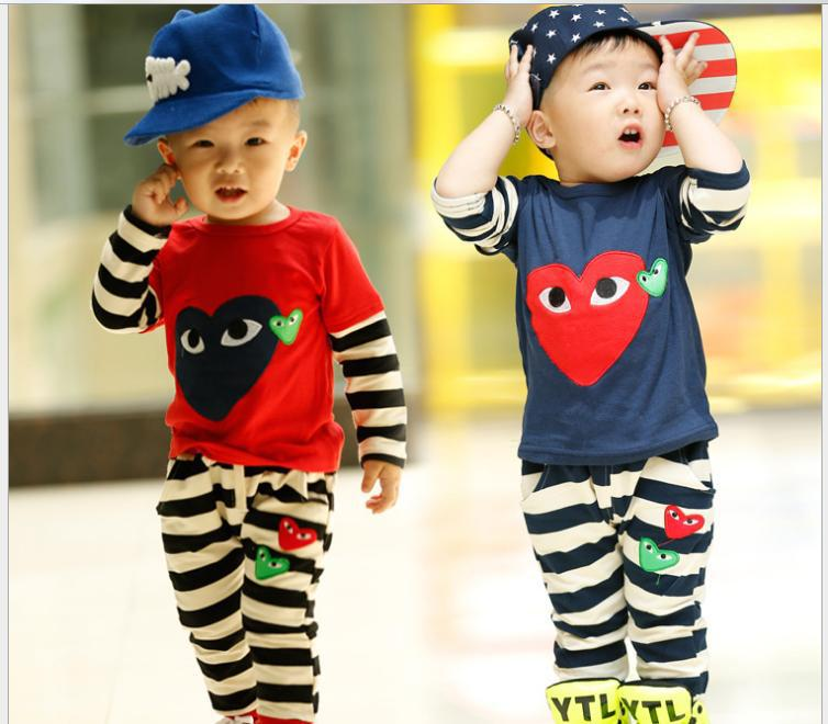 New 2014 Autumn Children's Clothing Baby Girl boy Brand Printed Eyes Love Heart Long Sleeved T-Shirt + Pants Kids Two Pcs Set(China (Mainland))