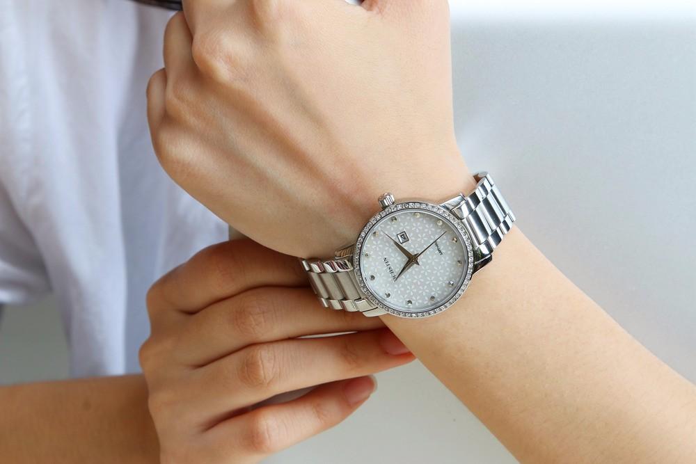 Мода Кварцевые Часы Женщины Люксовый Бренд Горный Хрусталь Часы Дамы Платье Часы Часы Женские relojes mujer