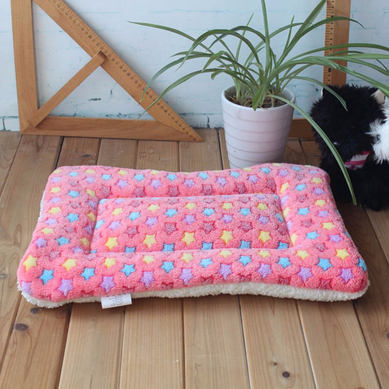 dog's bed800px-S4