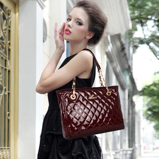 2013 new arrival luxury pleated patent leather dimond plaid chain shoulder bag handbag female bags