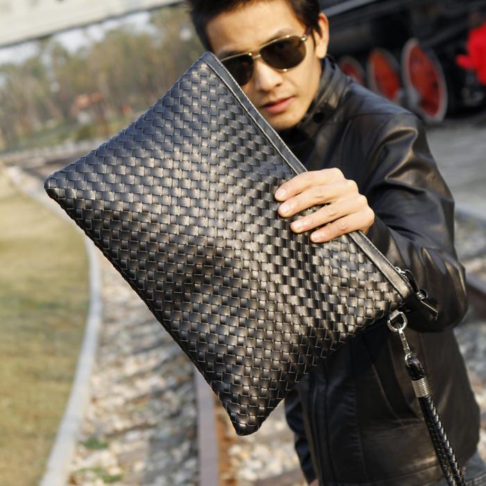 2016 Bag Men New Fashion Men'S Weaving Clutch Bag Black Leisure Envelope Bag Business Small Phone Bags Cases Clutch Designer(China (Mainland))