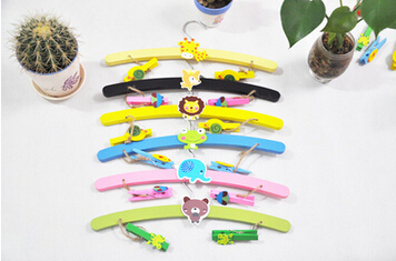20pcs/lot Children wooden clothing hanger cartoon thicker solid pants hanger infant kids clothes rack free shipping(China (Mainland))