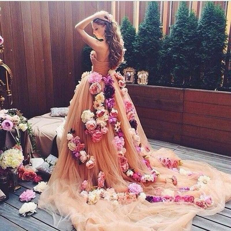 Elegant prom dresses sweetheart neckline pleats chapel for Wedding dress made of flowers
