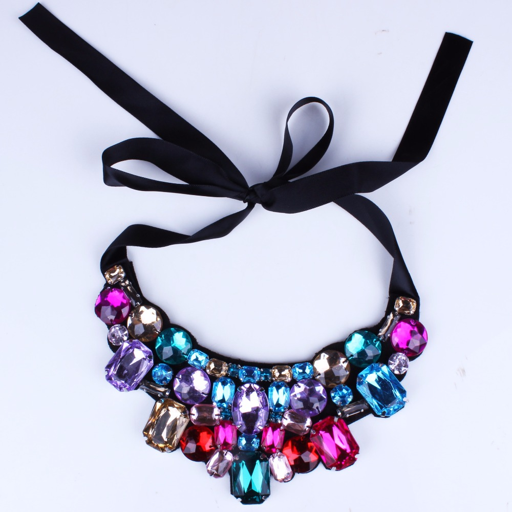 2015Hot Europe And The United States Jewelry Fashion Crystal Flowers Fake Collar Statement Necklace For Women