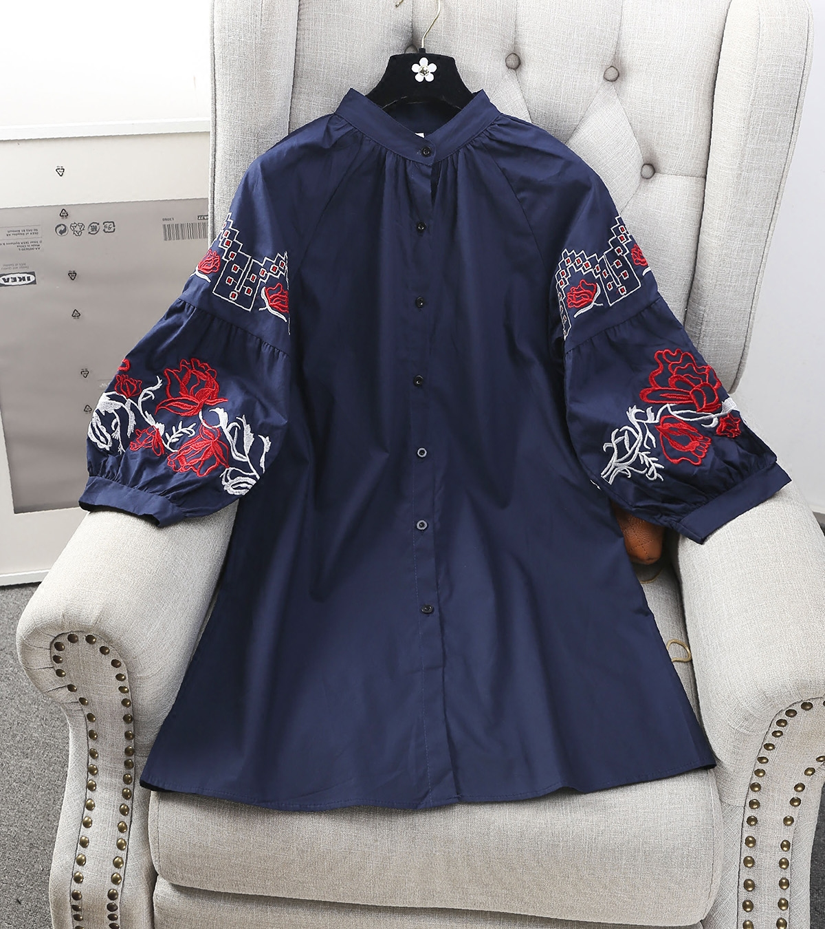 Winter Spring New Arrival Women Fashion Broadcloth Embroidery Floral Long Shirt Female Original Casual Half Puff Sleeve Blouse(China (Mainland))