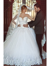 New vestido de noiva Renda Plus Size  Court Train Romantic Princess Sexy Deep V Neck Sleeveless Ball Gown Wedding Dress Gown(China (Mainland))