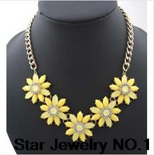 Star Jewelry SALE 2014 NEW Cute Elegant Flower Rhinestone Choker Necklace for Women Statement necklaces & pendants
