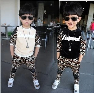 Baby Kids Tracksuit Fashion Leopard Grain Best Quality Velvet Hoodies + Pants Casual Boys Girls Sport Set Children Suit(China (Mainland))