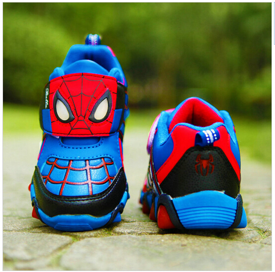The latest autumn and spring Flash fashion sports shoes children's shoes spider-man night boys and girls F72 children shoes(China (Mainland))