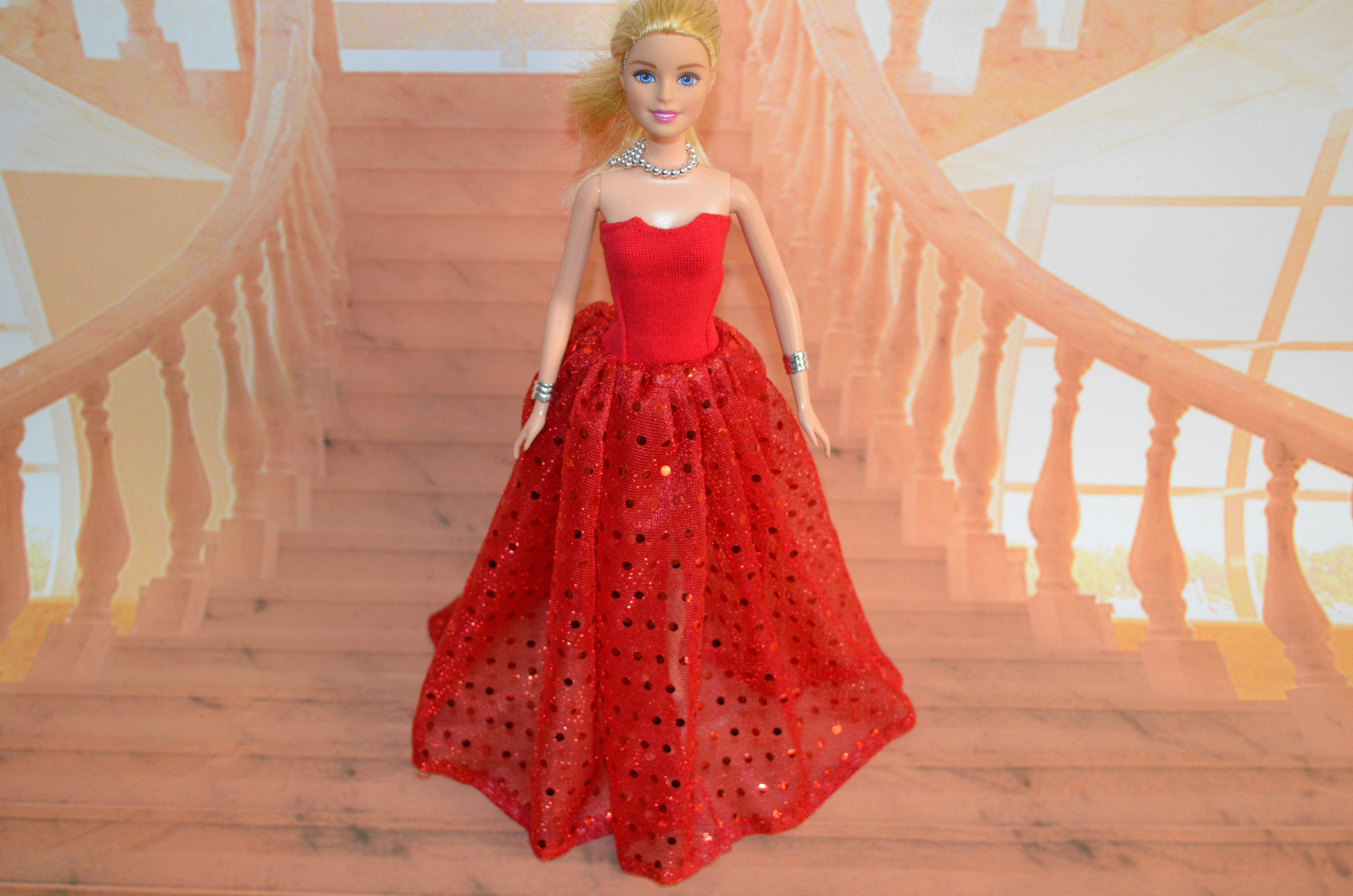case for barbie fashion outfits accessories, Barbie doll clothes, bjd doll clothing red wedding gown(China (Mainland))