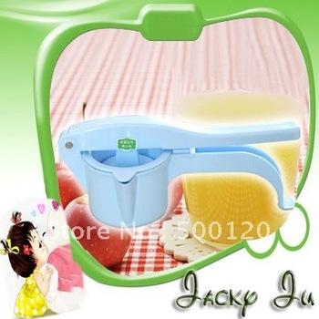 Free Shipping New Manual Powered Press Plastic Handy Grips Blender Vegetable Apple Fruit Juicer