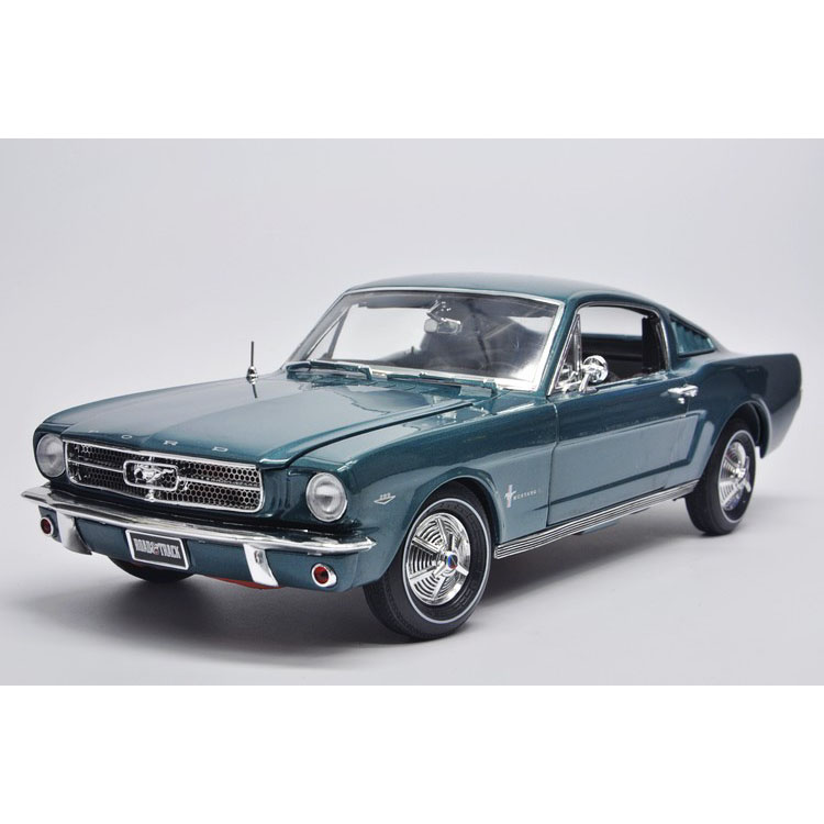 1:18 Autoworld Ford Mustang 2+2 1965 Ford Mustang car model(China (Mainland))