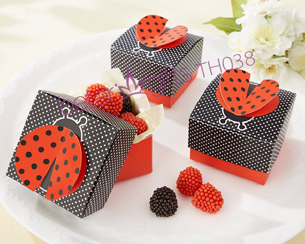 "1000pcs ""Cute as a Bug"" 3-D Wing Ladybug Favor Box Party Decoration BETER-TH038(China (Mainland))"