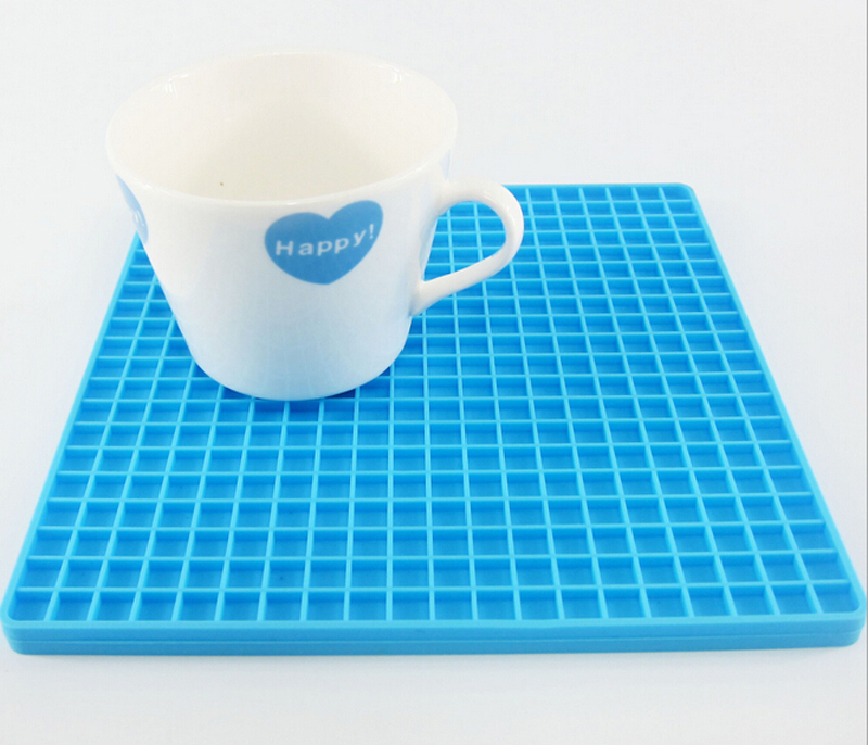 Silicone Insulation Pad Placemats Slip Cup mat Home Kitchen Gadget Dining bar tool Table Decoration Accessories supplies CL00309(China (Mainland))
