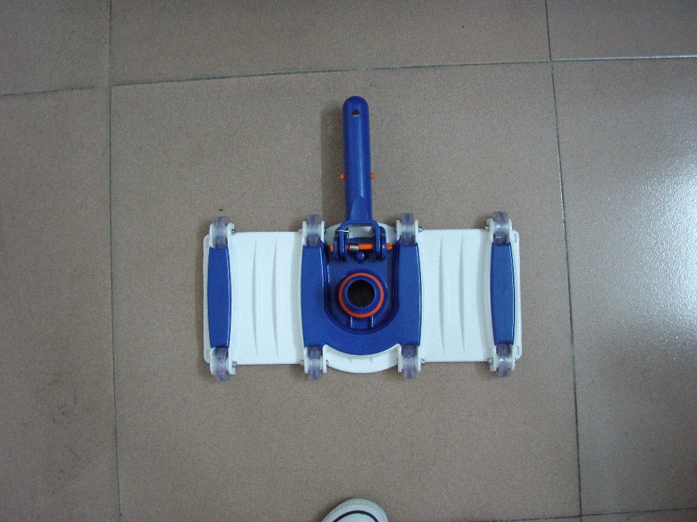 Plastic swimming pool vacuum head, Flexikble handle size Cleaner(China (Mainland))