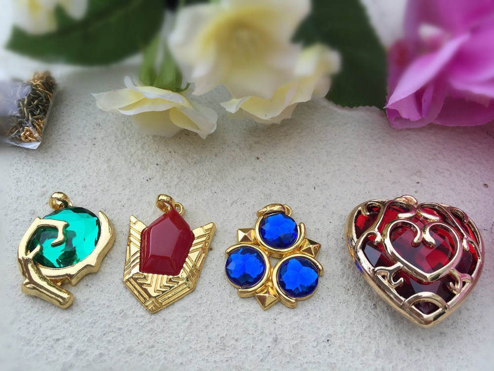 The-Legend-of-Zelda-Logo-Cosplay-Necklace-keychain-key-chain-Pendant-10pcs-Set-Collection-Gift-Box (4)