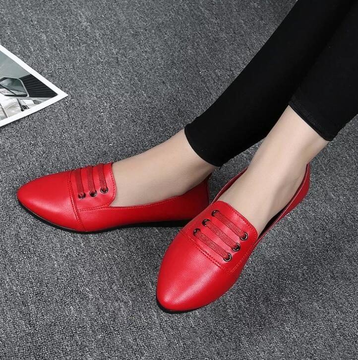 New 2016 Loafers Shoes Women Patent Leather Flats Ladies Casual Shoes Fashion Woman Pointed shoes free shipping S320(China (Mainland))