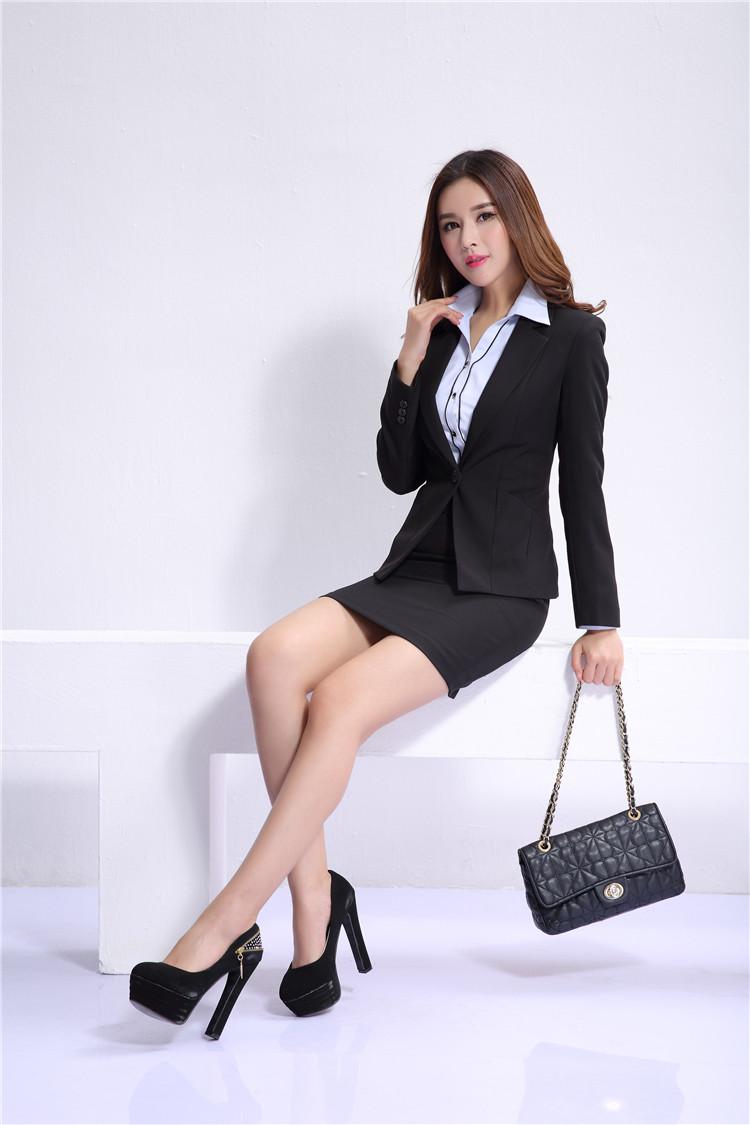 business mini skirt big