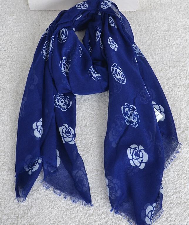 hot sale printe camellia flower cotton voile viscose long shawls head wrap summer hijab popular muslim scarves/scarf(China (Mainland))