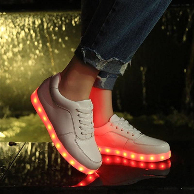 New Arrival Unisex Colorful Led Luminous Shoes Simulation Sole Led Shoes For Adults Chaussure Lumineuse zapatos mujer LEA2526