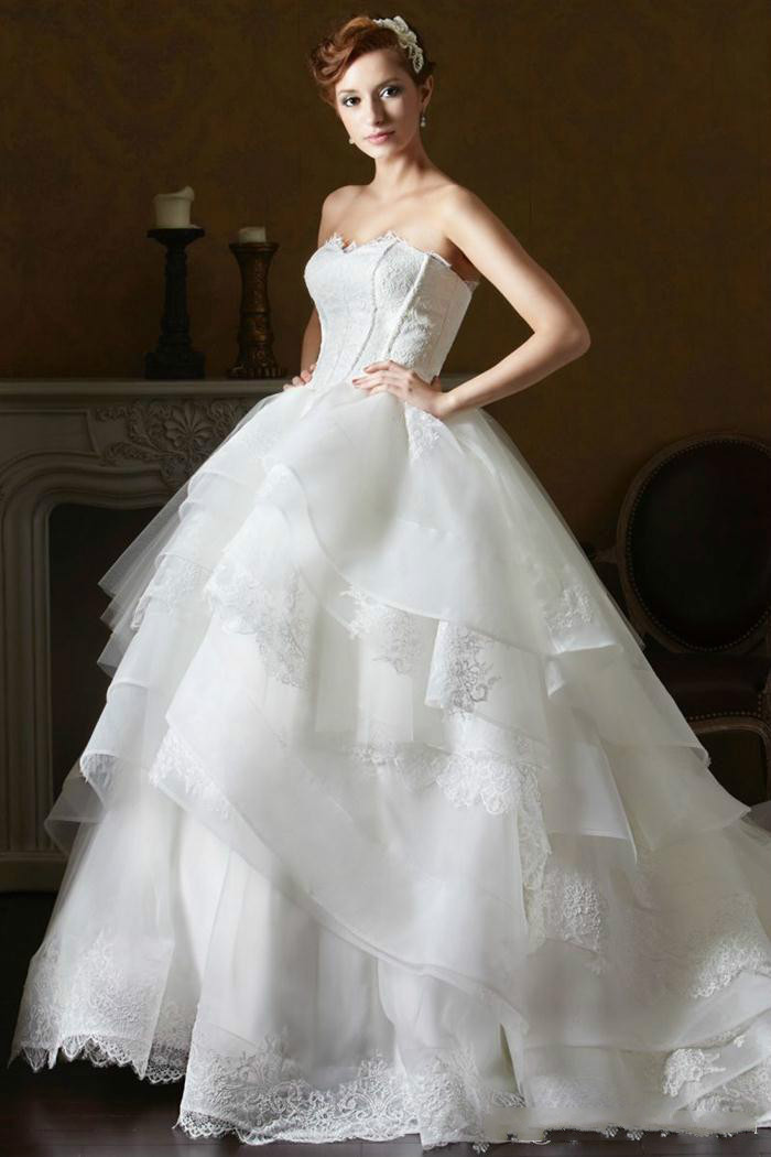Daw3243 2016 organza layered lace wedding dresses for Cascading ruffles wedding dress