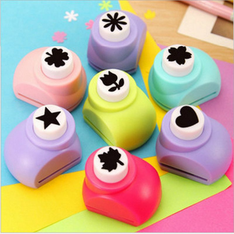 Гаджет  1 PCS Kid Child Mini Printing Paper Hand Shaper Scrapbook Tags Cards Craft DIY Punch Cutter Tool 8 Styles None Дом и Сад