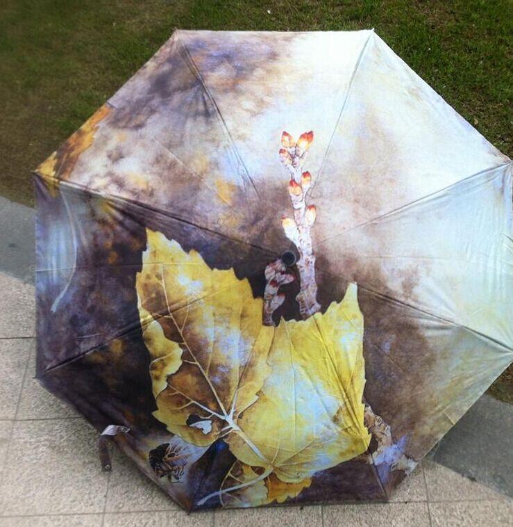 Free shipping 4 styles Painting umbrella oil painting peacock umbrella three fold umbrella Maple leaf umbrella(China (Mainland))