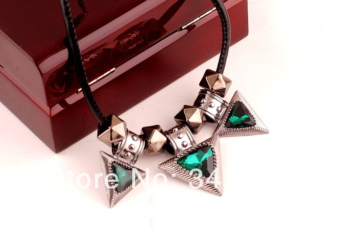 2014 fashion alloy necklace, clear multi-angle zircon necklace ,statement vers woman - YiWu Bebillion Jewelry store