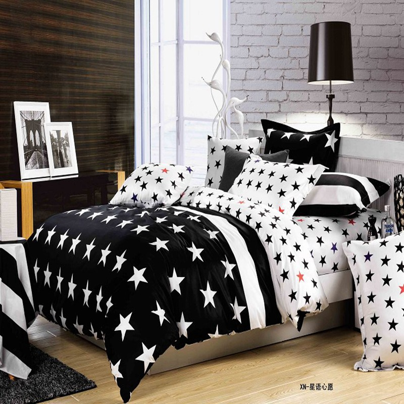 2016 Newest 4Pcs Cartoon Black White Striped Bedding sets King Size Bed Set Quilt Duvet Pillow Covers Sheet No Comforter(China (Mainland))