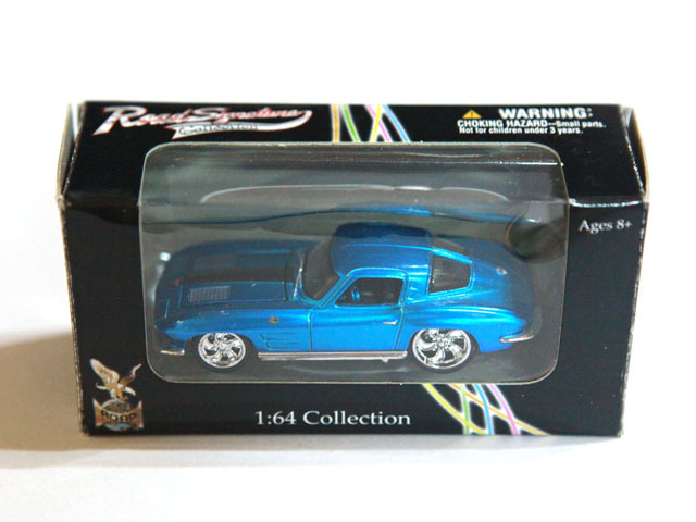 Diecast Cars 1963 Chevrolet Corvette Road Signature 1/64 Collection Deep blue(China (Mainland))