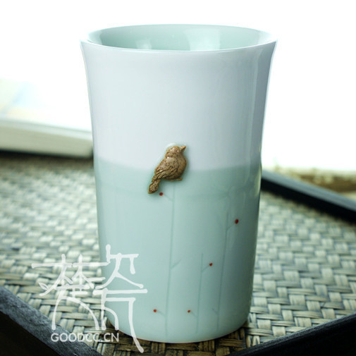 Free shipping Handmade Happy bird of the cup Brief style Ceramic Mug Tea Cup Novelty Gifts JingdeZhen product(China (Mainland))