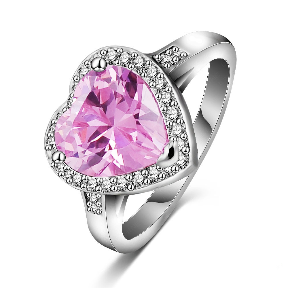 Modern engagement ring for young: Heart diamond ring price