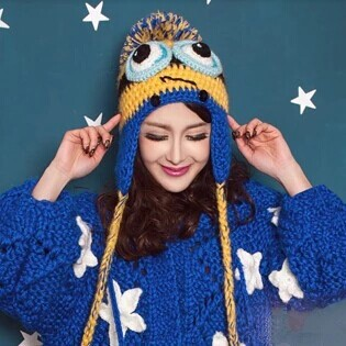 Adult casual women lady winter warm ski knit yellow crochet minion hat minion beanie hat earflap skull cap with ball top(China (Mainland))