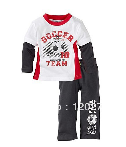 Free Shipping Summer Baby Boys Football Pattern Letter Long-sleeved T-shirt Pants Two-Piece Suit Children Sport Suit Outfits Set(China (Mainland))