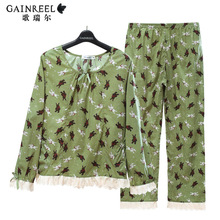 Couple long sleeved cotton pajamas song Riel Ms sweet male cartoon comfortable tracksuit Song For cents