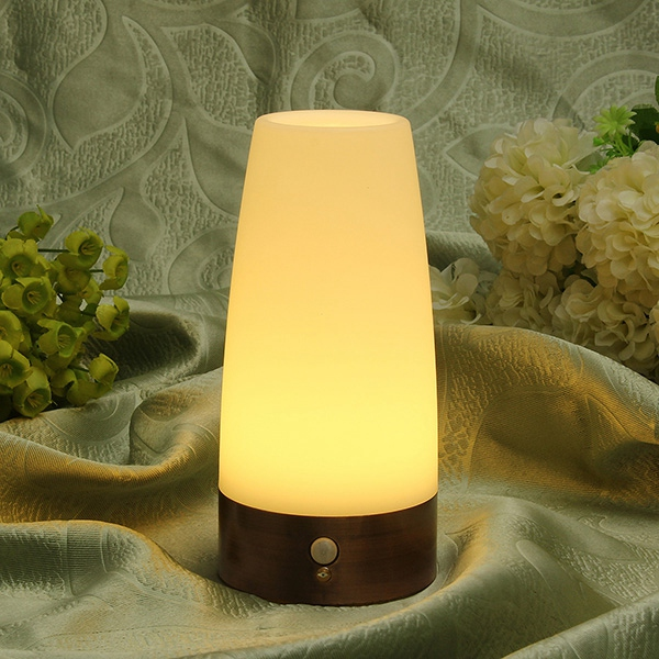 2015 New Arrival High Quality Wireless Motion Sensor Retro Bedroom Night Light Battery Powered LED Table