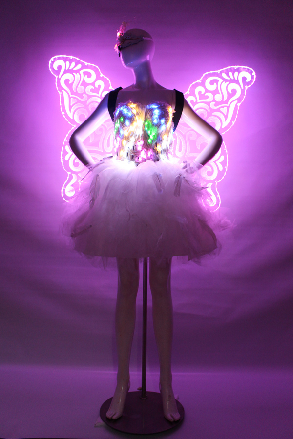 Christmas/Stage /DJ Butterfly light wings catwalk stage costumes light wings stage LED color changeable(China (Mainland))