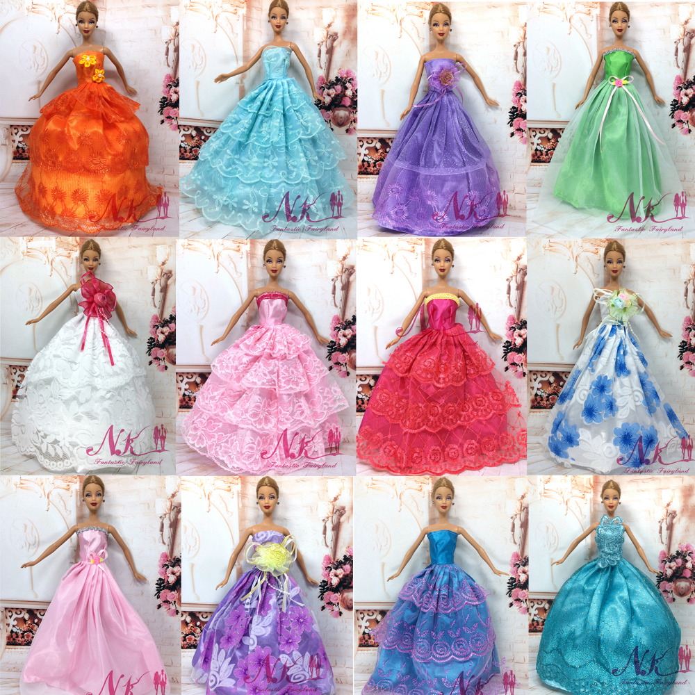 NK 11 Items =5 Pcs Mix Style Wedding Dress Princess Gown+ 6 Pcs Fashion Plastic Chain Necklace For Barbie Doll best Child Gift<br><br>Aliexpress