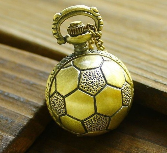 Wholesale Price Good Quality Bronze Retro Antique Brass Football Soccer Ball Pocket Watch Necklace With Chain Hour(China (Mainland))