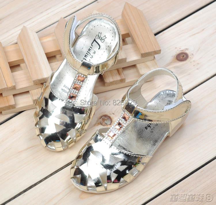 Female child sandals 2014 child sandals cutout sandals toe cap covering princess sandals leather sandals<br><br>Aliexpress