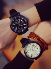 Nuevo silicón de la pulsera moda y grande de línea ocasional blanco y negro deportes reloj de hombre Relogio Masculino
