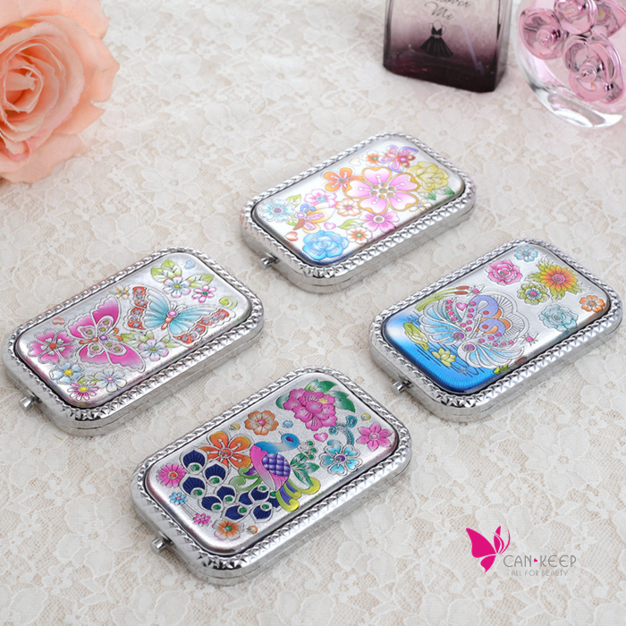 Double side folding metal pocket mirror makeup notebook portable vanity mirror classic flowers carved style beauty cosmetic tool(China (Mainland))