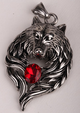 Wolf stainless steel necklace for men women 316L pendant W chain biker heavy jewelry animal charm wholesale 2015 GN41(China (Mainland))