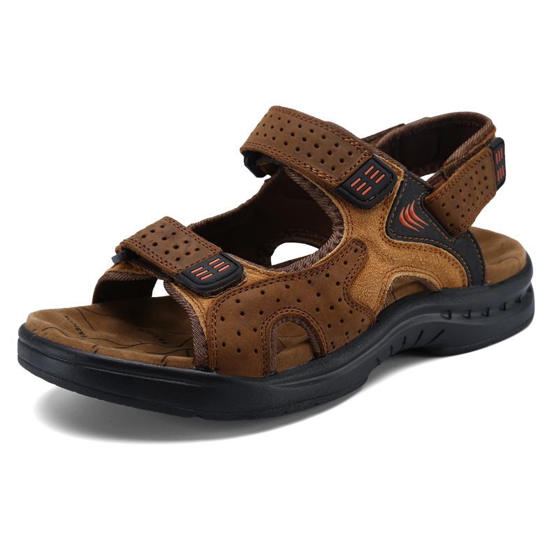 männer in sandalen