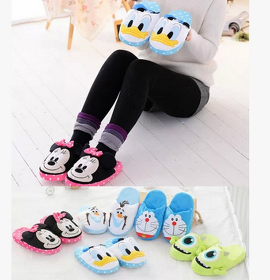 Plush cute 1 pair cartoon Donald Duck Doraemon snowman winter warm home floor slippers children holiday toy girl gift(China (Mainland))
