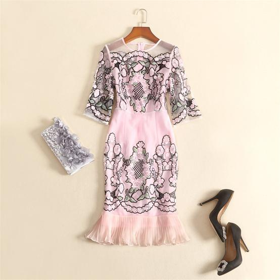 Europe and the United States women's clothing in the summer 2016 the new company net yarn embroidery 7 minutes of sleeve dress(China (Mainland))