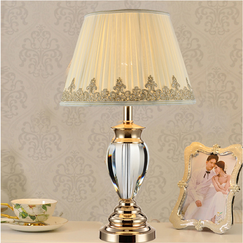 White table lamp modern bedside tables crystal lighting for Contemporary bedside table lamps