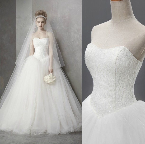 High Quality New 2015 Real Sample Hot Sale Fashion Strapless Tulle Lace Ball Wedding Gown Wedding Dresses 2015 Bridal Dress(China (Mainland))