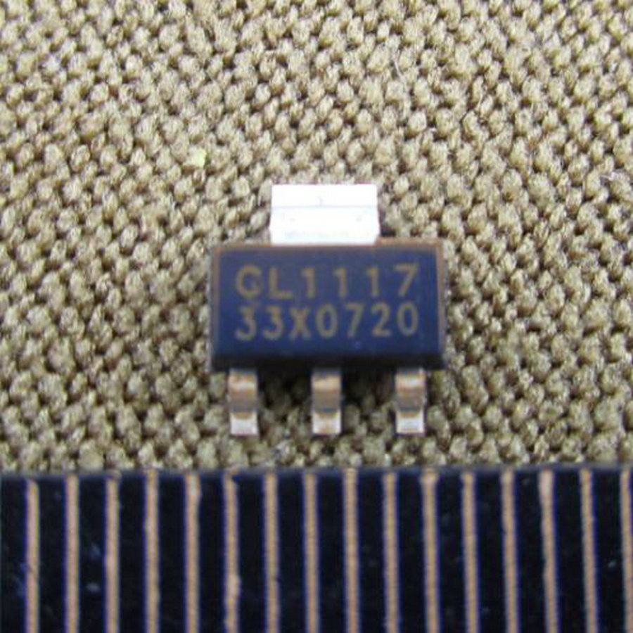 50 pcs x AMS1117 - 3.3 1A Voltage Regulator AMS1117-3.3V LDO SOT-223 AMS1117-3.3 IC   A025