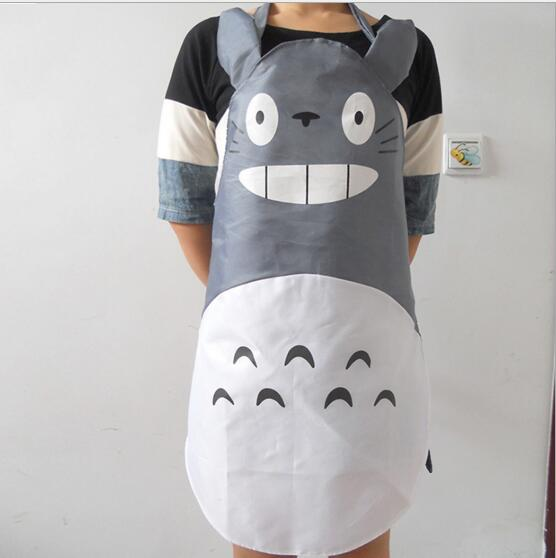 1PC Kitchen supplies Cute Totoro aprons PE environmental protection material man women sarong Waterproof and easy to clean(China (Mainland))
